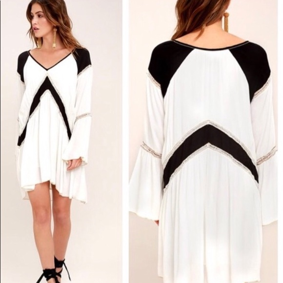 Amuse Society Dresses & Skirts - Amuse society topaz long sleeve dress